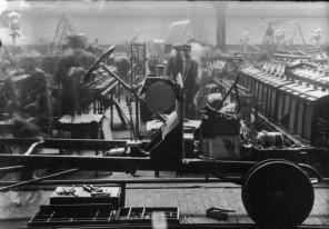 1924-cadena-de-montaje-del-modelo-6cv-4