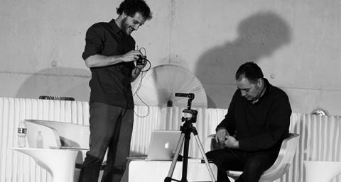 Diálogos lacaffe con Pepe Colubi