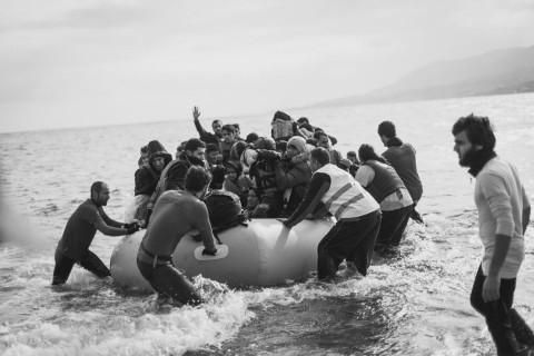 Refugiados en Grecia: Así les ayudan los bomberos de G-Fire