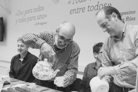 #CaféCO | «Queremos cambiar el mundo pero no podemos hacerlo solos»