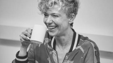 #CaféCO | Esther Barfoot o cómo cambiar las cosas contándolas de forma diferente