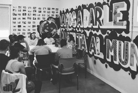 Proceso de crear entorno-documental colectivo. Proyecto MIE Patio de las Pinzas