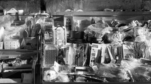 Intermercado: trueque cara a cara en la capital aragonesa